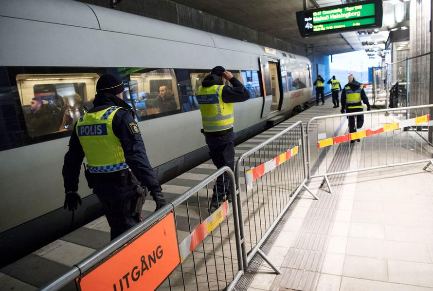Sweden Extends Border Controls, Citing