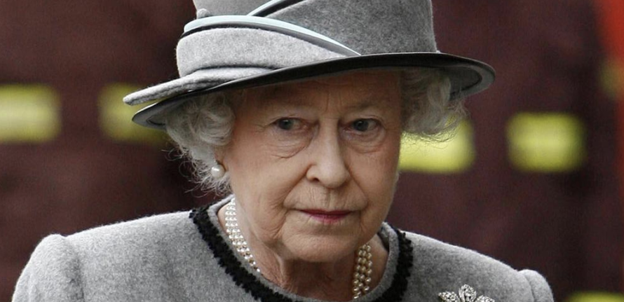 Read The Secret Plan To Airlift The Queen Out Of London If 'Hard