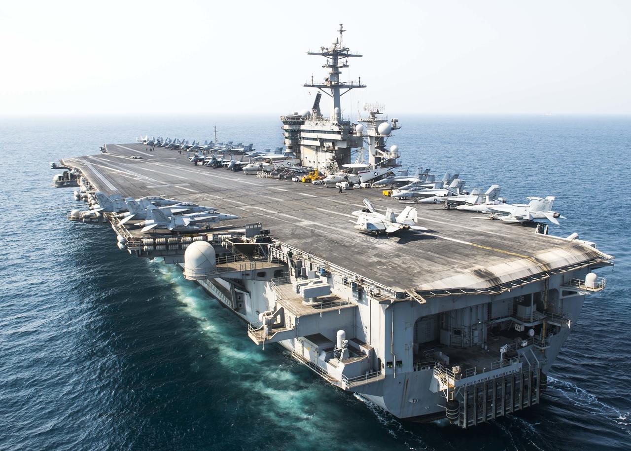 176-K Carrier USS THEODORE ROOSEVELT Strike Group PHOTO